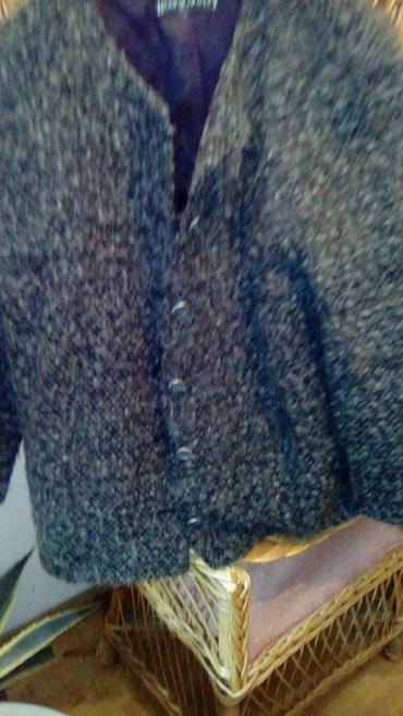 Vuna, blejzer, jaknica, br 40 - 42, lagan i topao - Smederevo - slika 2