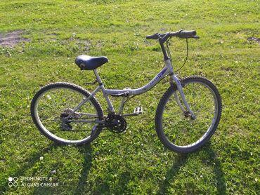 Продаю велосипед спортивный складной размер колес 26 велосипед очень