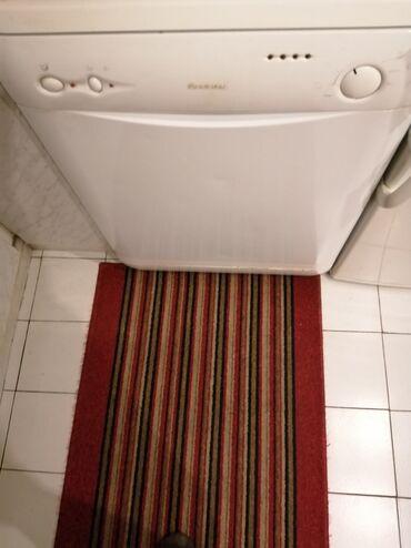 Masina za pranje sudova - Srbija: Frontalno Poluautomatska Mašina za pranje Hotpoint Ariston 10 kg