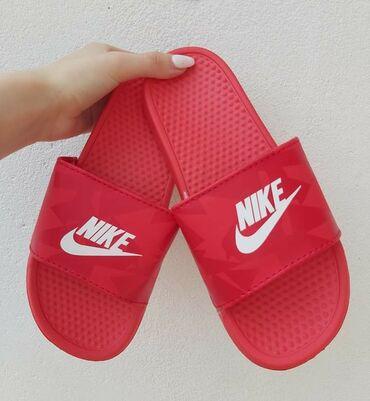 Ženska obuća | Sokobanja: Crvene Nike papuce❤Brojevi od 36 do 41Kalupi su za br manji, zamenu