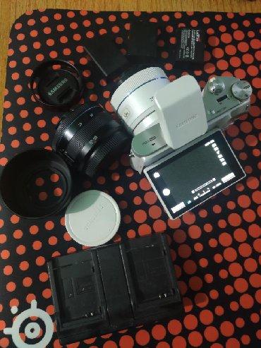4006 объявлений: Samsung nx 300 kit + 2 объектива 45мм (со стабилизацией и 3d режимом)