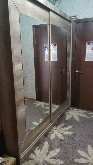Продаю польшский  купейный шкаф длина в Лебединовка