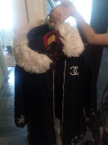 Куртка на девочку 10,13лет и шубка,на девочку,7 лет