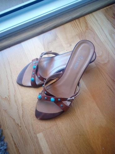 Ženska obuća | Cacak: Lepe papuče,malo nošene,broj 39