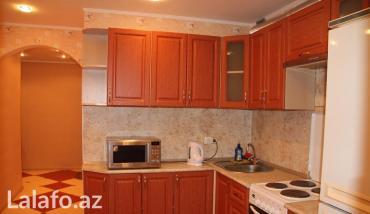 Bakı şəhərində Уютная двухкомнатная квартира с евро