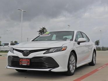 Bakı şəhərində Toyota Camry 2018