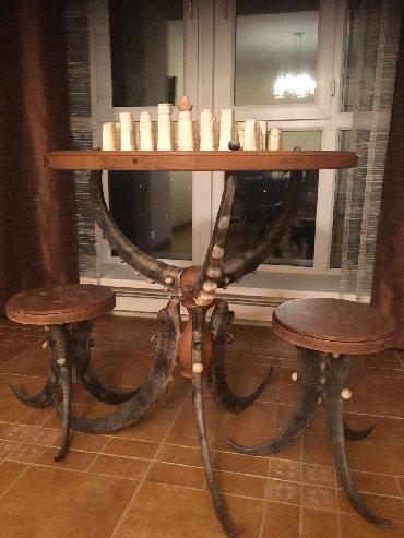 Продается уникальный шахматный столик два в одном ( вторая сторона