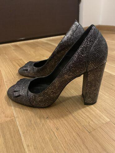 Potpuno nove, nenošene Massimo Dutti cipele u broju 40 na debelu štikl