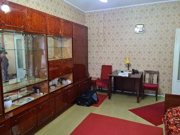 сдаю квартиру мкр аламедин 1 in Кыргызстан | ДОЛГОСРОЧНАЯ АРЕНДА КВАРТИР: 105 серия, 3 комнаты, 61 кв. м Бронированные двери, С мебелью, Не сдавалась квартирантам