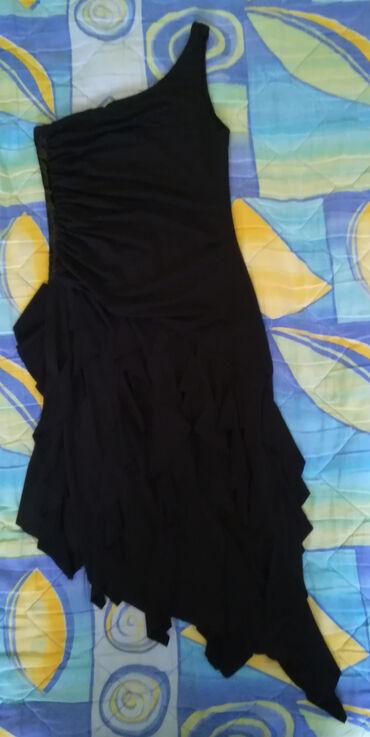 Personalni proizvodi - Cacak: Haljina crna na jedno rame veličine L prijatna, lagana, od elasina, el