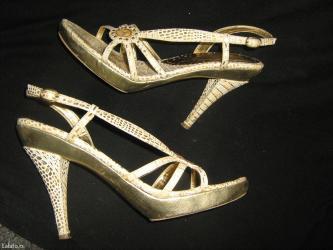 Vrlo lepe i udobne sandale br 38 u dobrom su stanju - Prokuplje