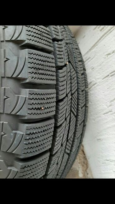 225 50 17 зимние шины в Кыргызстан: 225/50/17 Продаю комплект дисков Ауди 5 штук т.е.запаска у вас будет