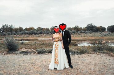 Платье на кыз узатуу одевала один раз состояние отличное размер 42-44