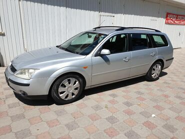 Ford Mondeo 2 л. 2002 | 195700 км