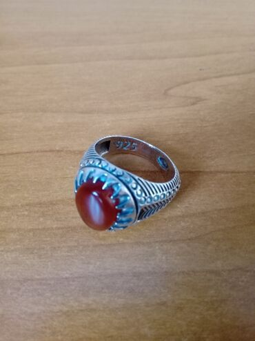 Eqiq qasli uzukler - Azərbaycan: Gümüş üzük 925 prob.Temiz eqiq daşlı üzük