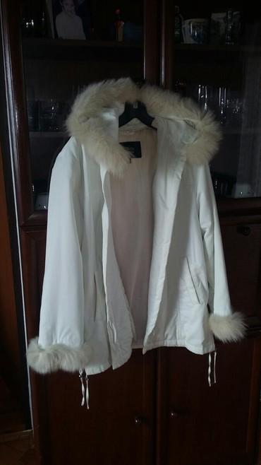Moderna malo nisena italijanska firmirana jakna sa krznom zeca - Bogatic