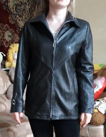 (Сокулук) Кожанная куртка в отличном состоянии! Без потертостей