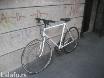 Bicikl beli neispitan potreban remont treba zasrafiti pedalu tockovi - Beograd