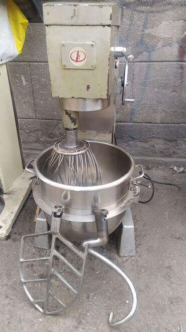 Продаю миксер-тестомес 60 литров производство КНР. 3 фазы