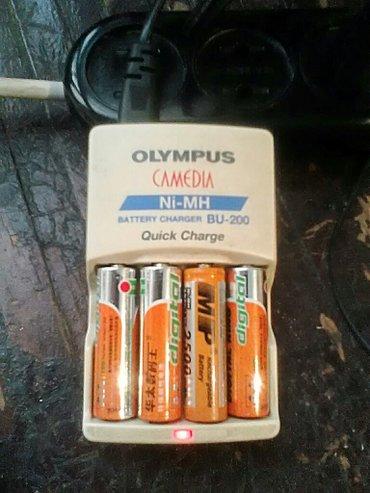 Зарядка для пальчиковых аккумуляторов. цена 400сом. в Бишкек