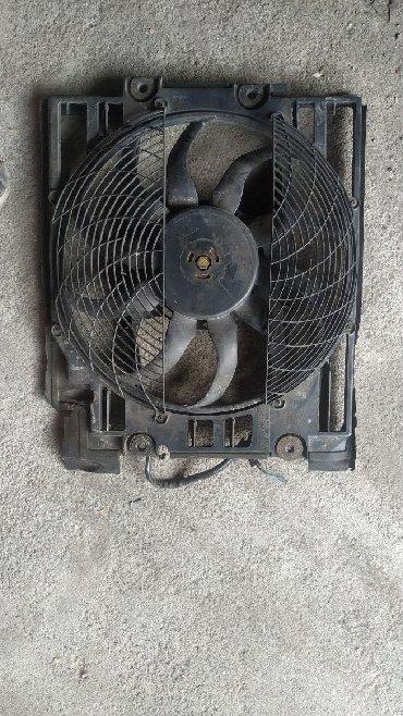 bmw e39 в Кыргызстан: Электро Вентелятор BMW e39 трёх контактный