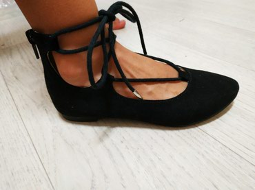Продаю новые туфли балетки на девочку. в Бишкек