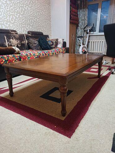 Срочно продаю стол из натурального дереваСтол долговечный тяжёлый