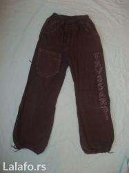 Vrlo lepe pantalone  duzina 86cm  u struku imaju lastrez  - Prokuplje