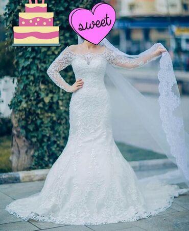 ведущий на свадьбу в Азербайджан: Платье расшитое бисером.Привезли из Италии разм 38 Одели один раз на