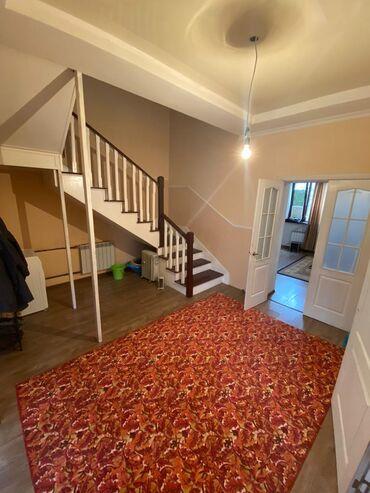 Продам Дом 4 кв. м, 4 комнаты
