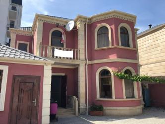 Bakı şəhərində Satış Evlər vasitəçidən: 210 kv. m., 4 otaqlı