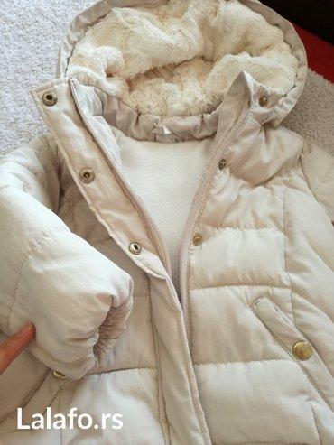 Hm jakna 86 velicina,ocuvana,kapuljaca se skida,topla,zimska... - Pozarevac