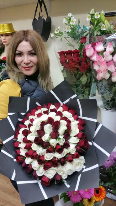 Розы в розницу по оптовой цене в Бишкек