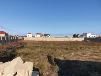 дом с цокольным этажом и гаражом в Азербайджан: Продажа 12 соток от посредника