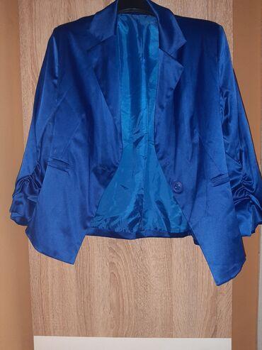 Extra satenski sako, obucen par puta, bez ostecenja