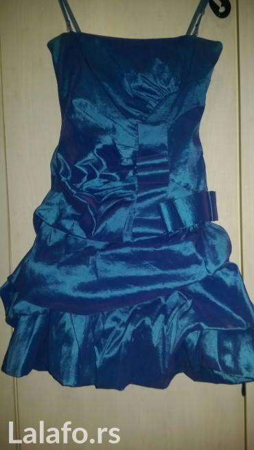 Ženska odeća   Kucevo: Plava svecanija haljina,Turska. Ne pise ali odgovara S