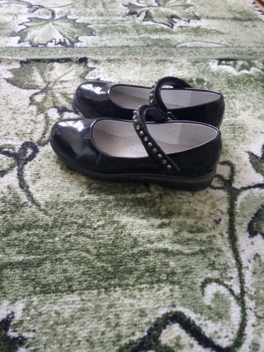 Очень нарядные лакированные туфли в Бишкек