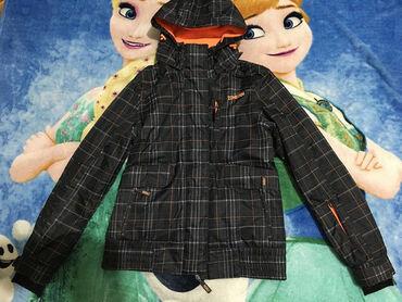 Ski jakna,vel.M ili 12+ god.Tamno siva osnova sa narandzastim