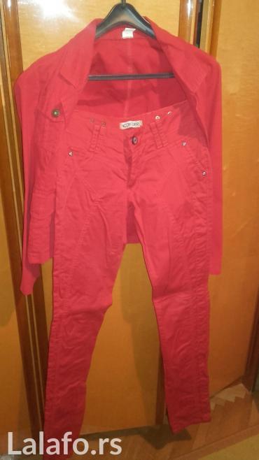 Sako-i-pantalone - Srbija: Komplet odelo tj sako i pantalone,u crvenoj boji. velicina 38