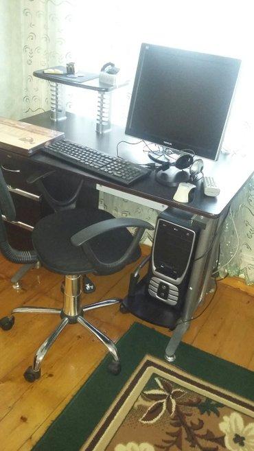 Gəncə şəhərində stol ustu komputer kreslo stol printer miwka bir sozle ne varsa .....c