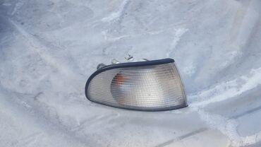 audi q3 rs в Кыргызстан: Audi A4 правая поворотка фара левая правая рейка рулевая