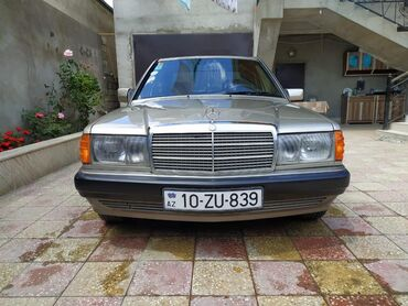 Mercedes-Benz 190-Series 2 l. 1991 | 245000 km