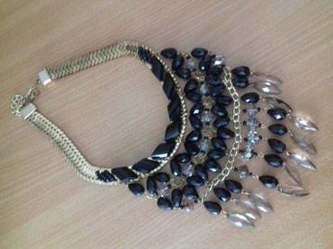 Masivna i vrlo elegantna ogrlica. - Subotica