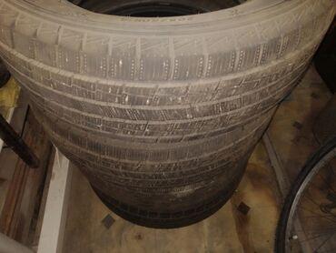 шины 27540 r20 в Кыргызстан: Продаю зимнюю резину комплект 4штФирма GOFORM размер 205/60 R16