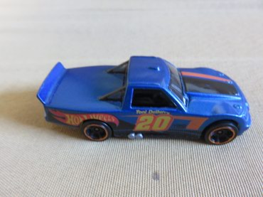 Hotwheels Blue CIrcle trucker σε Chalandri