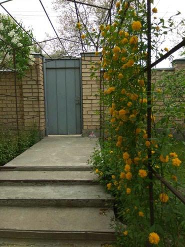 Продаю отдельный 4х комнатный кирпичный дом К. Маркса/Дружбы в Бишкек
