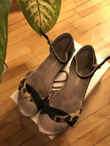 Ženske sandale carlo gaugin kožne veličina 40