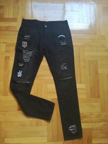 Pantalone flame moderno - Srbija: Velicina L/XL. Prelepe i moderne pantalone kupljene u inostranstvu,kao