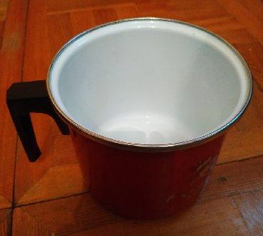 Продаю эмалированный молочник 2 лразмер 155 х 130 мм