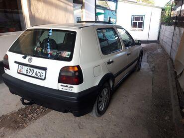 Volkswagen - Бишкек: Volkswagen Golf 1.6 л. 1993 | 25006 км